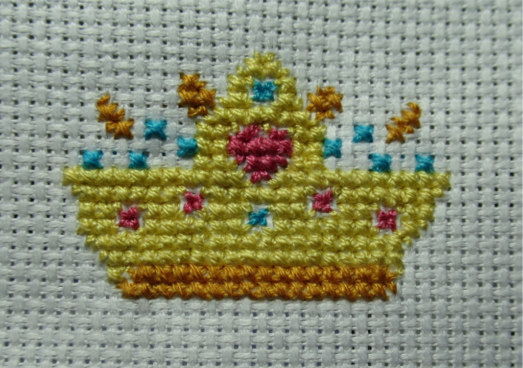 Top center of the crown finished now.