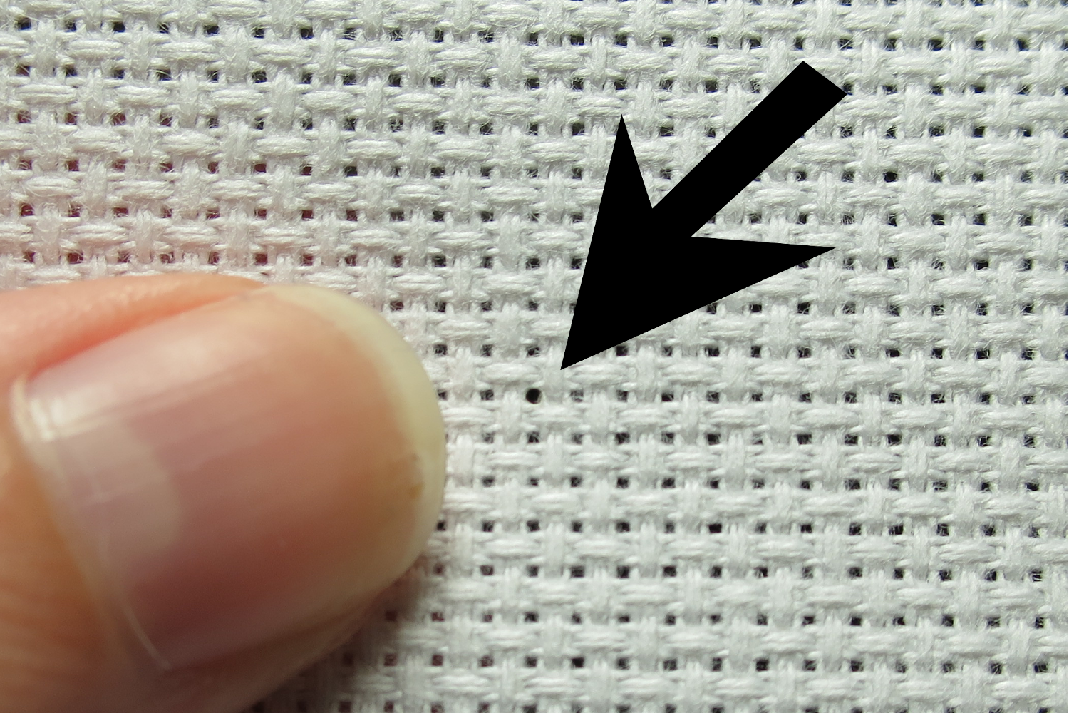 how to make a knot in thread